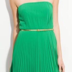 Adorable strapless, pleated dress with gold belt